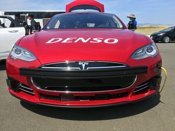 Denso Tesla - Xsens